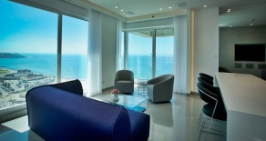 Luxury apartment in Tel Aviv  First line to the sea!